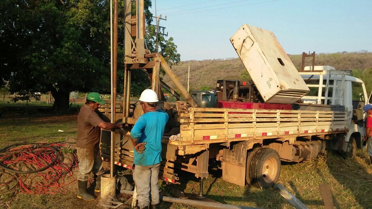 Além de fazer a limpeza dos poços a equipe da Funasa também realizam testes na rede de distribuição de água