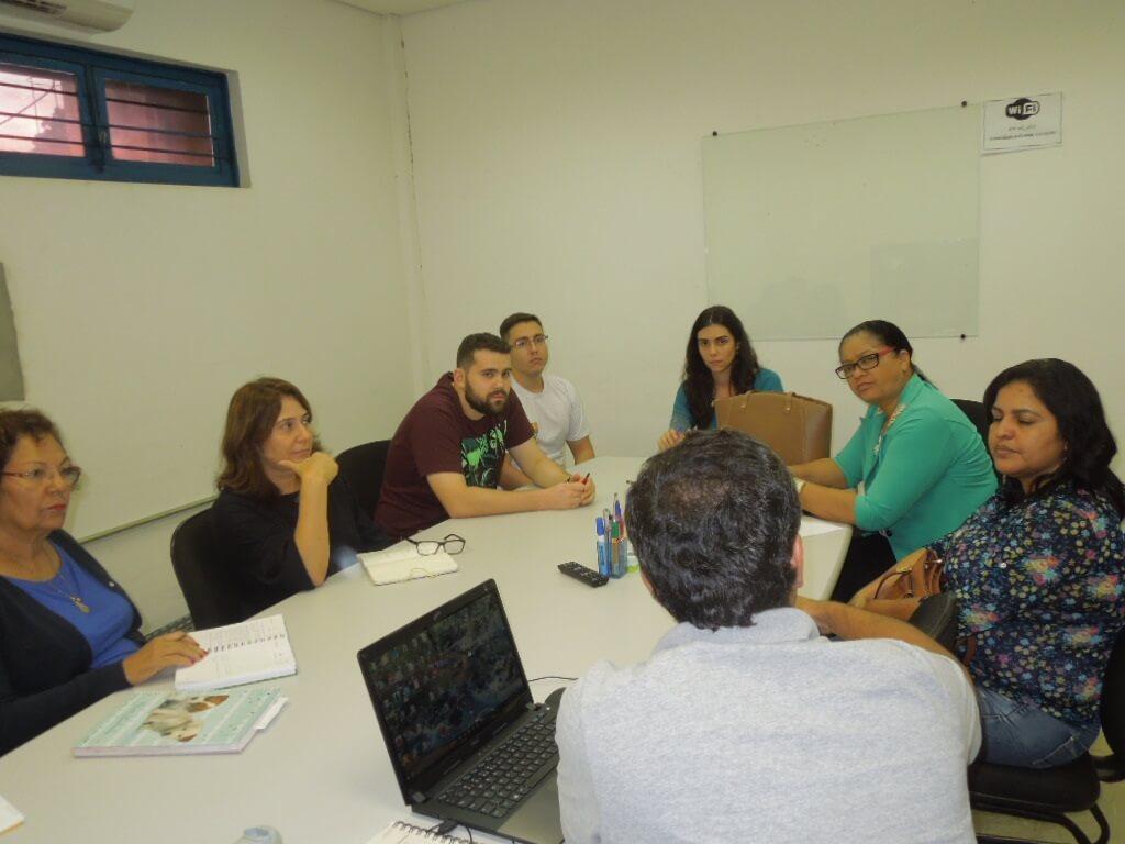 Clemensilva Madureira,  Gerente de Projetos da nova administração de Colider,  dialogou com a equipe de técnicos do PMSB