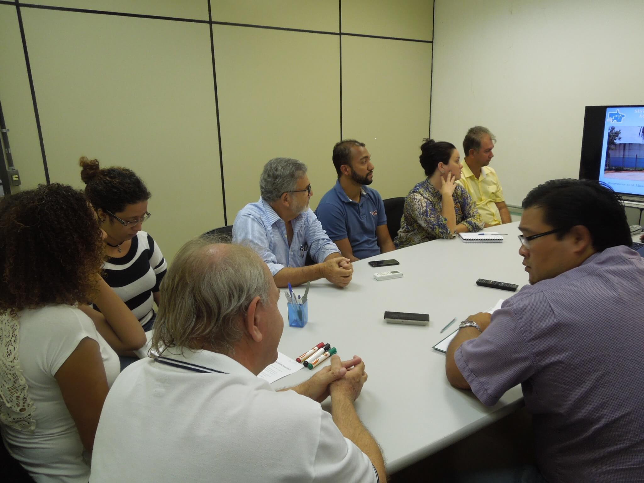 Equipe de Barra do Bugres vem conhecer plano do município na UFMT