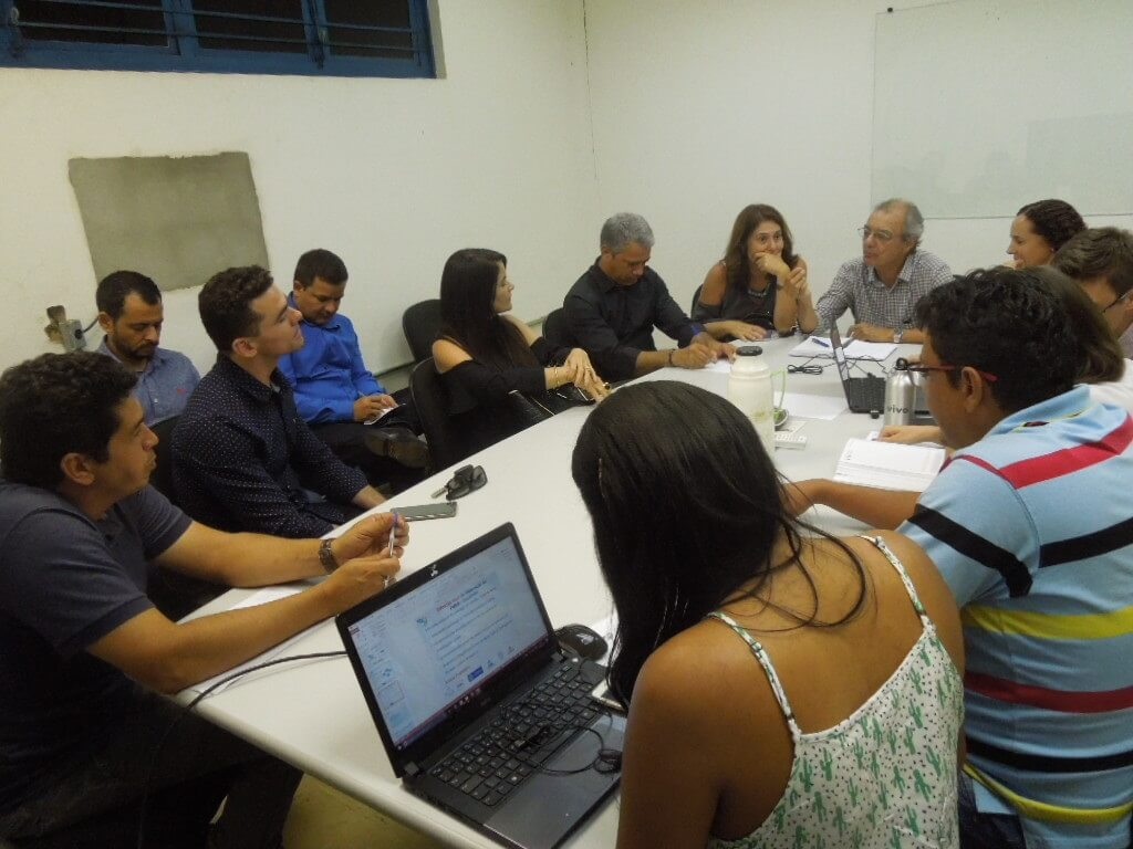 Reunião entre prefeitura e PMSB esclareceu prefeitos sobre a situação da elaboração do projeto nos municípios de Ribeirãozinho, Cocalinho e Araguaiana.