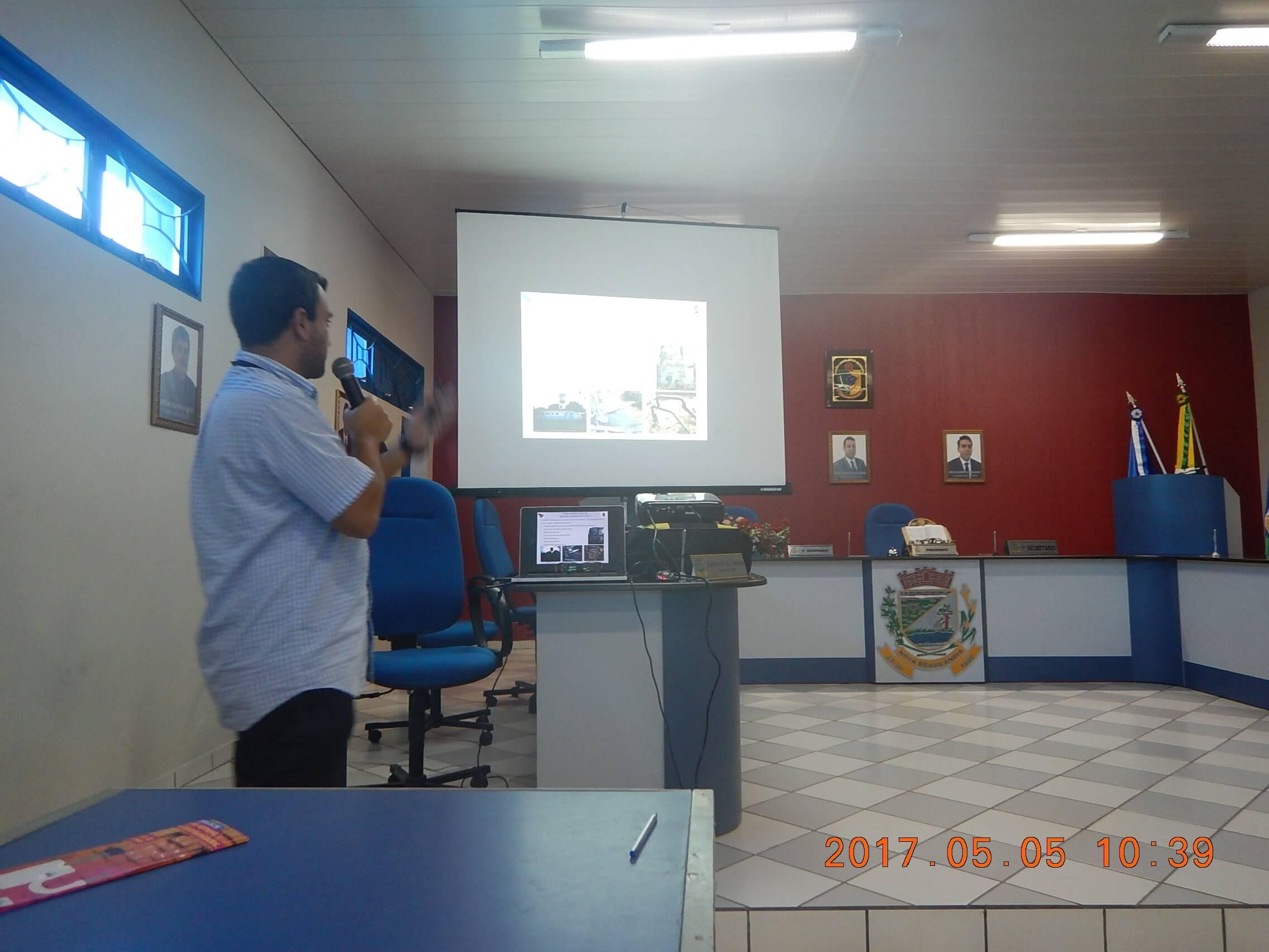 O engenheiro Rodrigo Accioly apresentou os planos nos dois municípios